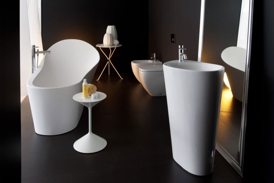 Sanitary ware basin and toilet