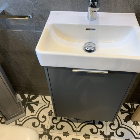 Modular Laufen Basin & Unit With Toilet Roll Unit